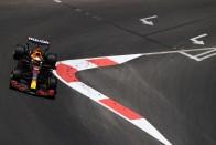 F1: A fasorban sincs a Mercedes Bakuban, élen a Red Bull 1