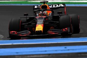 F1: Óriási előnyben Verstappen az időmérő előtt