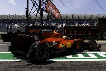 F1: Visszalassult a Ferrari, erre fogták a lemaradást