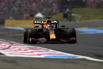 F1: Verstappen Hamilton trükkjével nyert Franciaországban