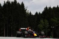 F1: Óriási hiba Bottastól, életveszélyt okozott a bokszutcában 1