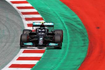 F1: Nem fejleszt többet a Mercedes