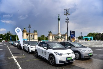 Az Eb miatt ingyen villanytaxizhatsz Budapesten