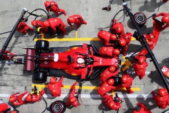 F1: Hatalmas meglepetés a Ferrarinál
