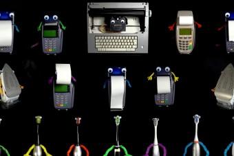 Vasaló, írógép és elektromos fogkefék álltak össze egy bandává