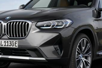 Megújultak a BMW középkategóriás szabadidőjárművei