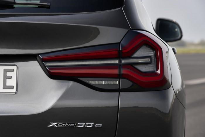 Megújultak a BMW középkategóriás szabadidőjárművei 3