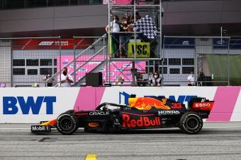 F1: Leteremtették Verstappent győzelmének ünneplése miatt