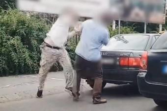 Egymást verte két autós Zuglóban, kapott egy pofont az is, aki videózott