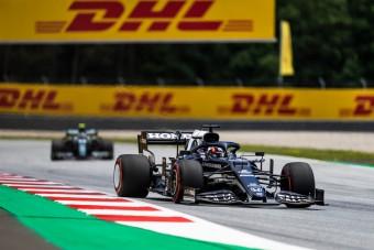 F1: Büntetés az időmérő után, megint borul a rajtsorrend