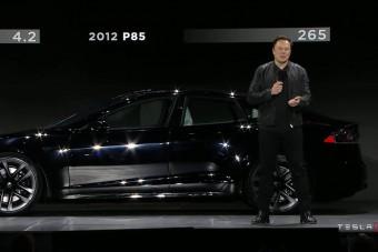 Elon Musk bemutatta az új Teslát, de jóval drágább a vártnál