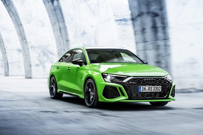 Öthengeres motor és drift mód. Itt az új Audi RS 3! 1