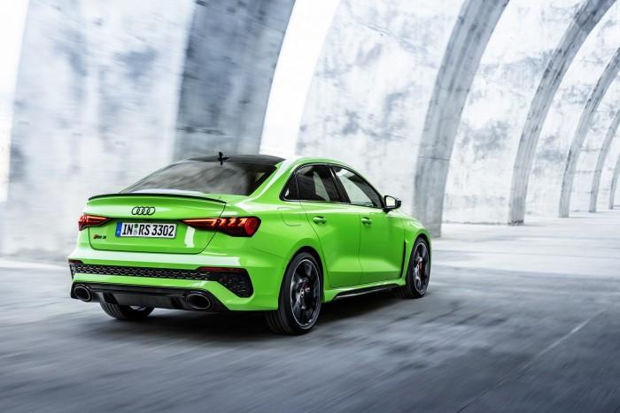 Öthengeres motor és drift mód. Itt az új Audi RS 3! 6