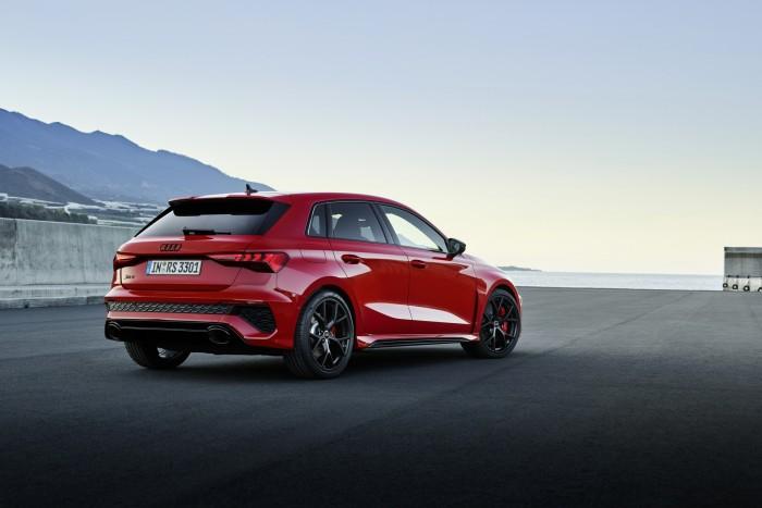 Öthengeres motor és drift mód. Itt az új Audi RS 3! 7