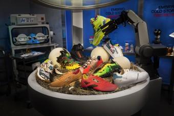 Zseniálisan mutatták be a Jurassic Park-cipőket