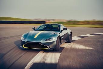 Villanyra kapcsol az Aston Martin is