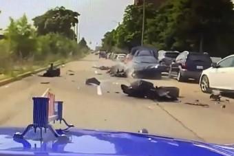 Le akarta rázni a rendőröket, ripityára törte a lopott Corvette-et