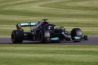 F1: Hamilton nyerte a pénteki időmérőt Silverstone-ban