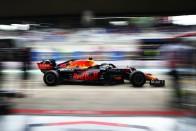F1: Visszavágott a Mercedes a szemerkélő esőben 1