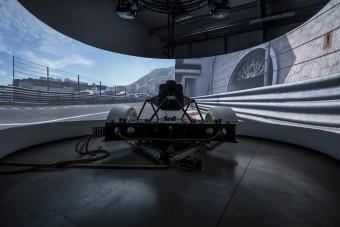 F1-es szakemberek építették a világ legdurvább szimulátorát