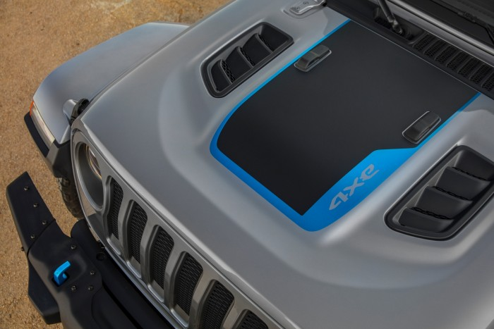 Electric Jeeps are coming, but when?  4
