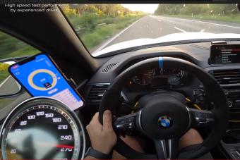 850 lóerővel lazán megy 300 km/órát a BMW M2-es