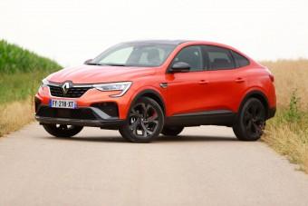 Szegény ember X4-ese: Renault Arkana hibrid