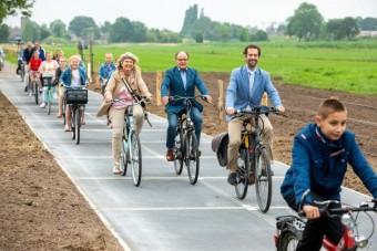 Kész a leghosszabb, napelemekből álló bicikliút