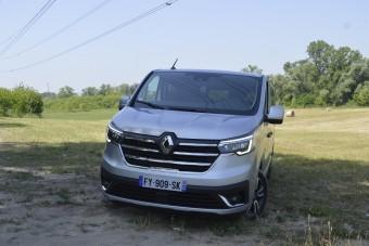Áru kerül az ülés helyére az új Renault furgonban