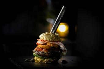 Milliós tétel a világ legdrágább hamburgere