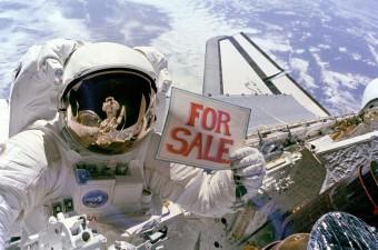 Jövőre már az űrben is lehet valódi reklámtábla