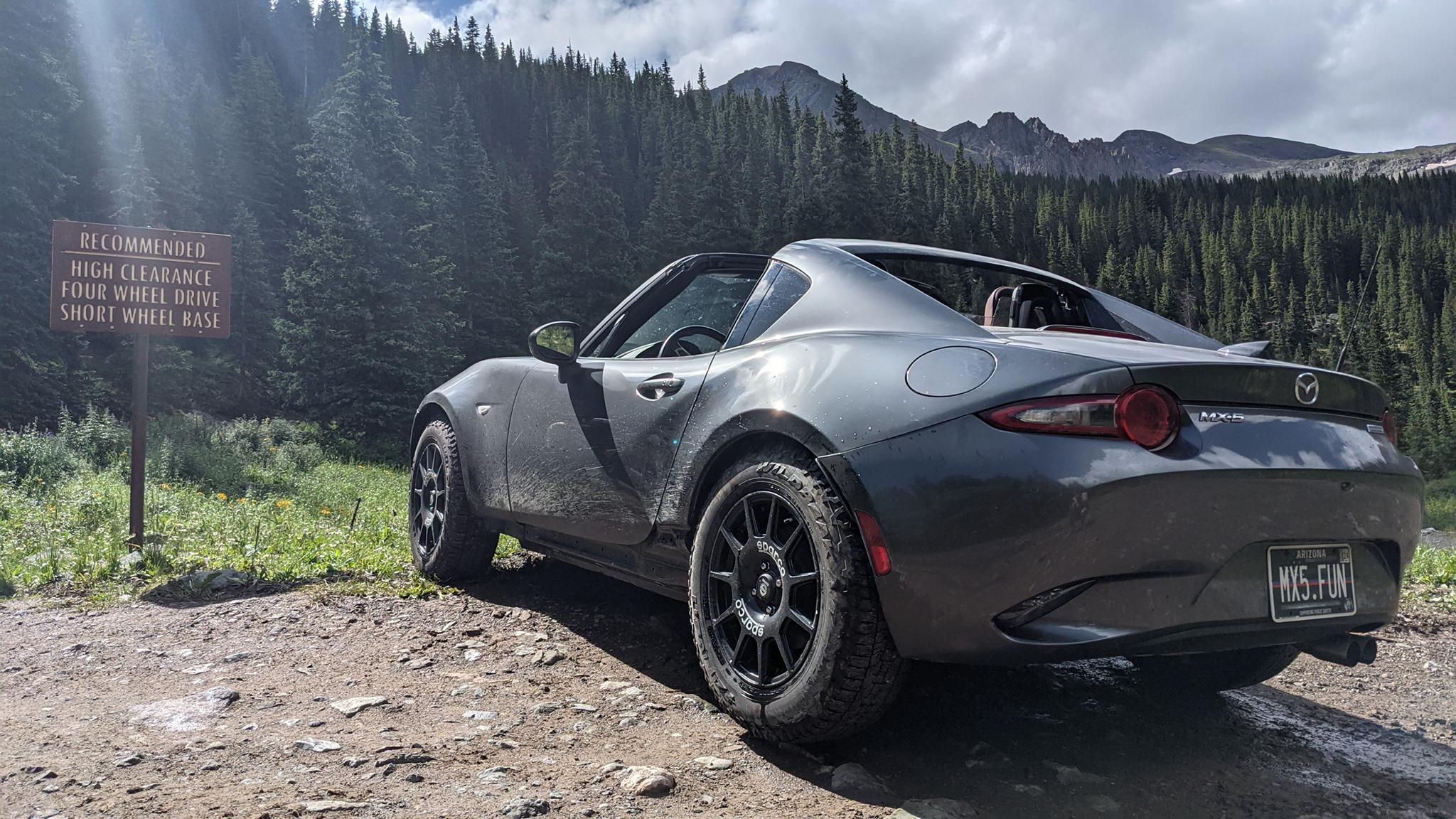 Terepgumikkal egy Mazda MX-5 sem ijed meg az erdőtől 4