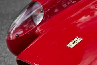 Villanymotoros törpeautó a Ferraritól