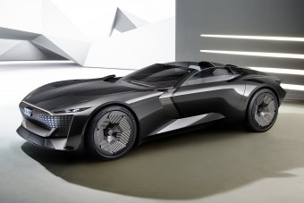 Két autó egyben az Audi villanykabriója