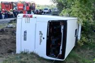 Az utasok elmondták, mi okozhatta az M7-esen a buszbalesetet 1