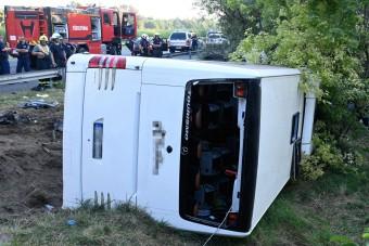 M7-es tragédia: a busz sofőrje is az áldozatok között