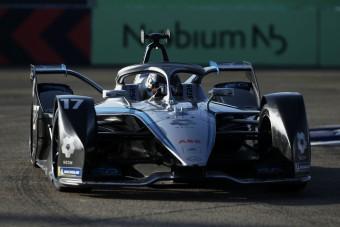 F1: Fájdalmas bejelentést tett a Mercedes