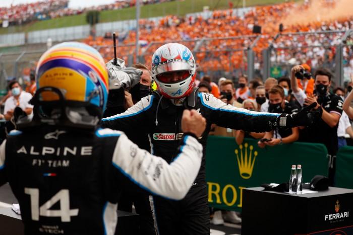 F1: Alonso salta de su piel después de la victoria2