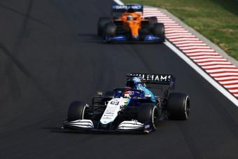 F1: Elsírta magát a pontszerzés után Russell