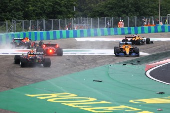 F1: Tömegbaleset miatt állt a Magyar Nagydíj