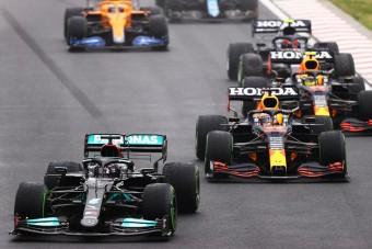 F1: Új fegyvert vet be a Red Bull ellen a Mercedes