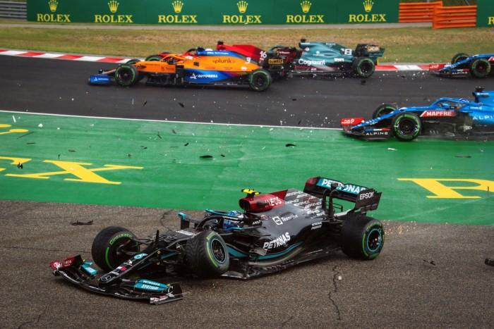 F1: Olcsón megúszta a kuglizást Bottas