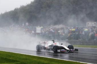 Eltörölnék az esős versenyeket a Forma-1-ben