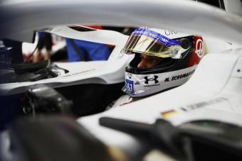 F1: Nagy változás előtt állhat Schumacher