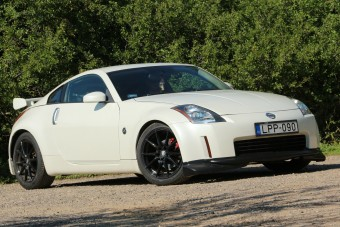Sok pénzt elvisz, de sokat is ad a Nissan 350Z