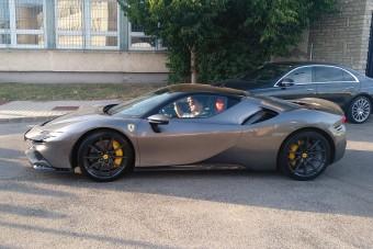 Ezekkel az autókkal járnak ki az F1-re a pilóták