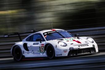 Elképesztő terhelést kapnak a versenyautók Le Mans-ban