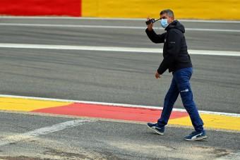 F1: A versenyigazgató beismerte, hogy hibázott