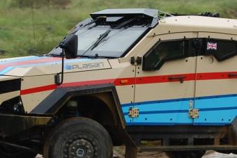 Katonai járműből építettek raliautót