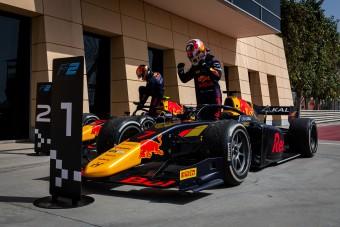 F1: Új üdvöskéje van a Red Bullnak